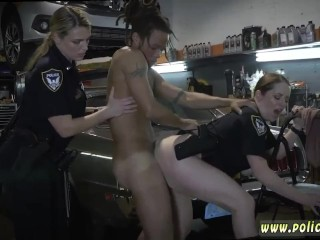 Hd nubile bi-racial dual intrusion Chop Shop possessor Gets Shut Down freesex