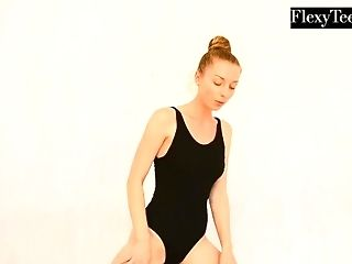 Anna Mostik the red-hot Russian gymnast freeporn