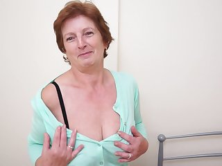 Solitary granny Slicklips moans to the fullest she drills the brush cunt with a toy