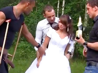Sexy Bride with reference to Foursome Gangbang